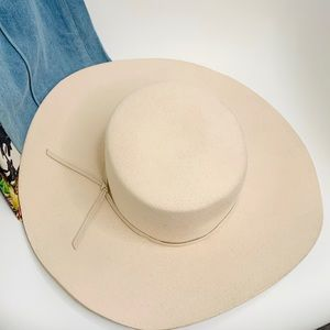 BRIXTON WIDE BRIM Wool HAT SIZE SMALL CREAM IVORY